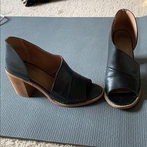 Peep toe heels by Mi.im size 7.5